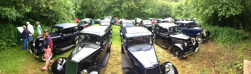 Panoramic picture of the cars outside the oil field