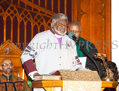 Baptist Temple Church Associate Pastor Bishop-Elect Dr. Coleman Briggs offers the reading from the Old Testament at the Christian Ministerial Fellowship of Newburgh & Vicinity's 45th Annual Martin Luther King Jr Celebration on Wednesday, January 15, 2014 at Baptist Temple Church in Newburgh, NY. Hudson Valley Press/CHUCK STEWART, JR.