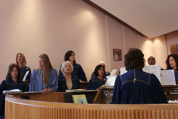 Holy Cross Liturgy 2014 (10).jpg
