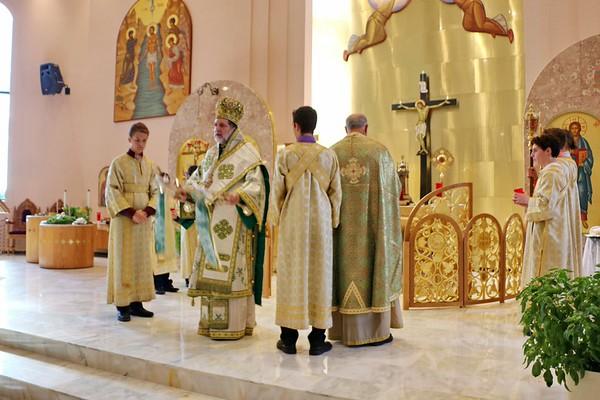 Holy Cross Liturgy 2014 (15).jpg