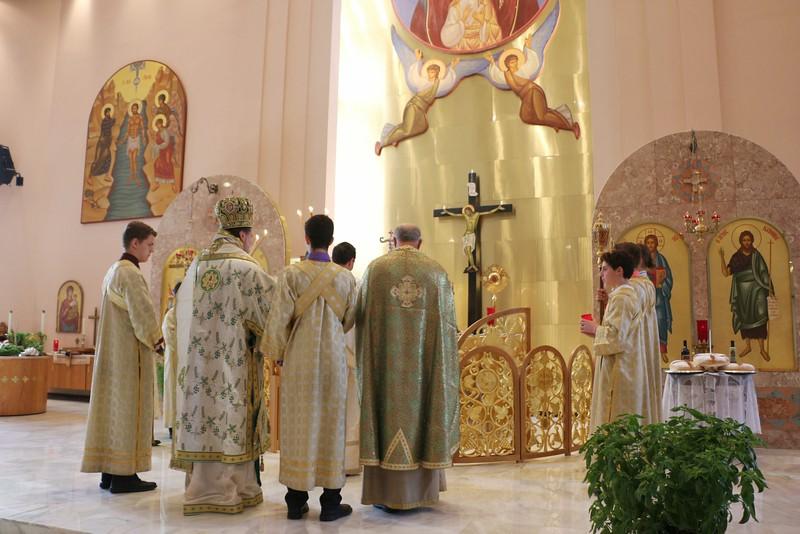 Holy Cross Liturgy 2014 (14).jpg