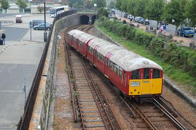 Class 483/0 483008 (128/228) Depart Ryde Esplanade.