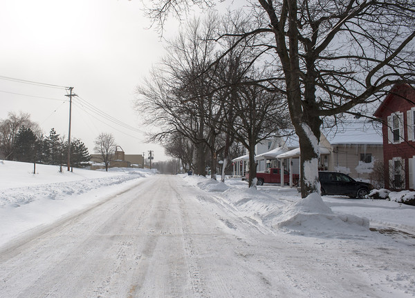 140128 3A Ent JOED VIERA/STAFF PHOTOGRAPHER Lockport, NY- Icy conditions make driving difficult on residents of Van Buren St on Tuesday, January 28th.