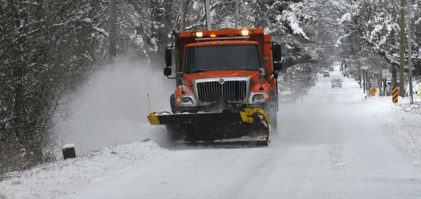 MET010714snow plow