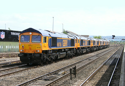 66755 Gloucester 12/07/14 on the rear of 0X66 Newport to Doncaster Roberts Road