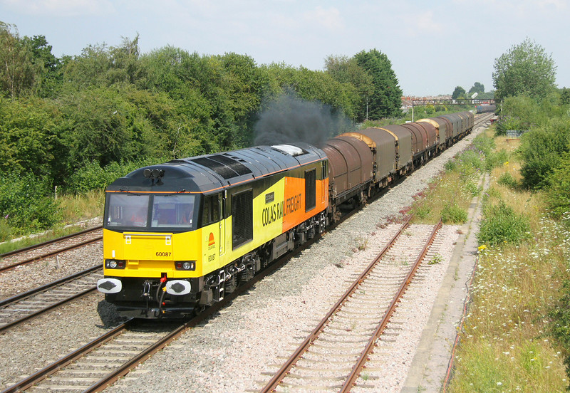 60087 Highworth Junction 23/07/14 6V62 Tilbury to Llanwern (having watched this train pass me at Slough in cloud I decided to have another go and just managed to get to Swindon in time)