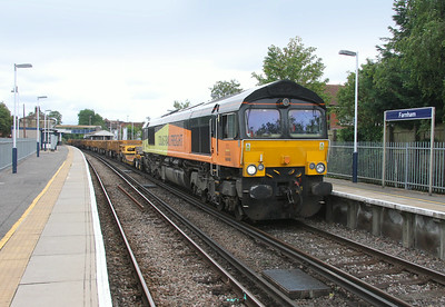 66848 Farnham 13/07/14 6C08 Ash Vale to Eastleigh (the train would be worked forward to Eastleigh by 60045 with the 66 remaining behind to work 6C07)