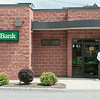 140429 JOED VIERA/STAFF PHOTOGRAPHER-Lockport, NY-Police enter M&T Bank after a robbery on Tuesday July 29th.