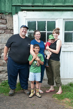 140703 JOED VIERA/STAFF PHOTOGRAPHER-Lockport, NY-(back row from left) Karl Kowalski, Tina Kowalski, Parker Bennett and Rachel Bennett<br /> (front row)Hadyn Bennett pose for a photo at the family farm on July 3, 2014.
