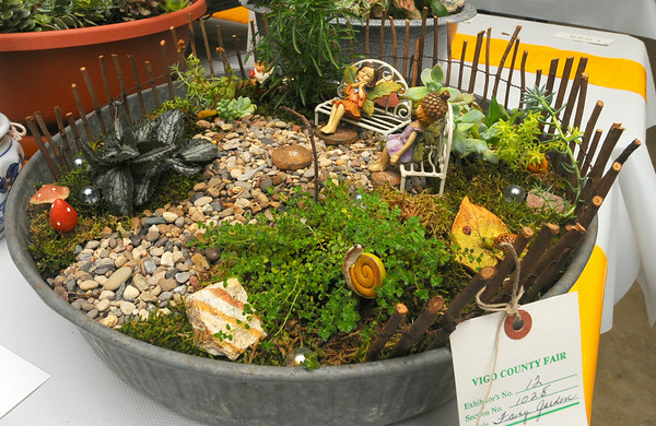 MET07514 fair fairygarden