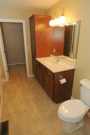 MET072314trades bathroom