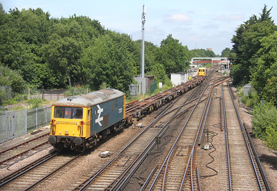 73207 St Deny's 19/06/14 on the rear of 6Y73 Southampton Western Docks to Eastleigh Works