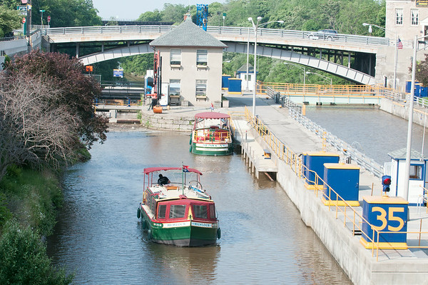 140618 JOED VIERA/STAFF PHOTOGRAPHER-Lockport, NY-A boat rides along the Erie Canal at the top of the locks  . June 18, 2014