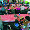 MET061412sberry crowd