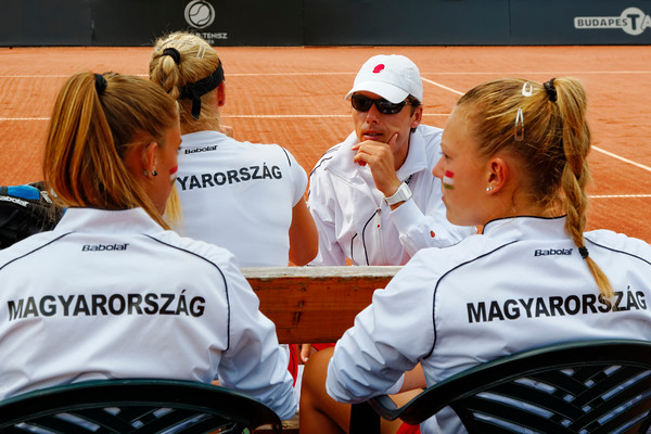 01.09 Team Hungary - Junior fed cup final round girls 16 years 2014_01.09