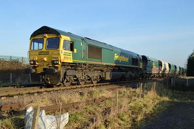 66606 1344/6m03 Eggborough-Tunstead passes Womersley Road Crossing.