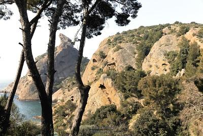 Calanque de Figuerolles, le rocher du Capucin