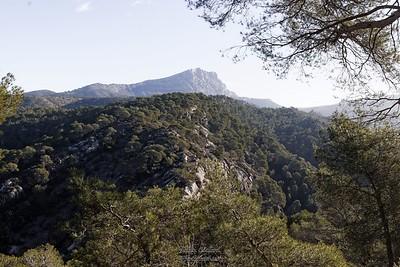La Sainte depuis la montée au dessus du Tholonet