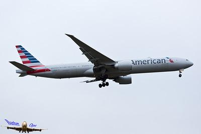 Boeing 777 N717AN American Airlines