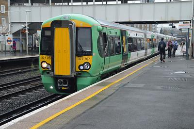 Southern 377707 prepares to depart to Milton Keynes.
