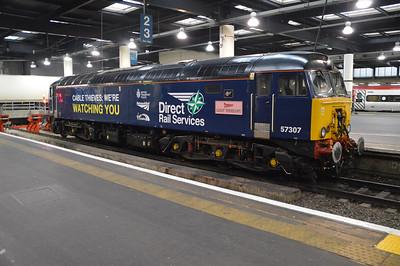 Thunderbird 57307 'Lady Penelope' at Euston.