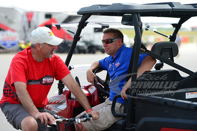 Lucas Oil Speedway promoter - Dan Robinson talks with Billy Moyer