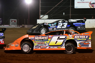 6T Travis Dickes and 23 John Blankenship
