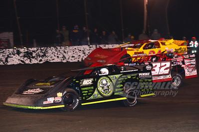 0 Scott Bloomquist and 32 Bobby Pierce