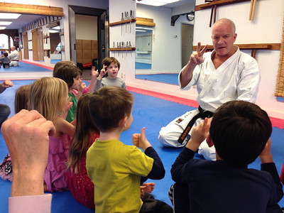 Coop field trip to Magnolia Karate. Counting to 10 in Japanese.