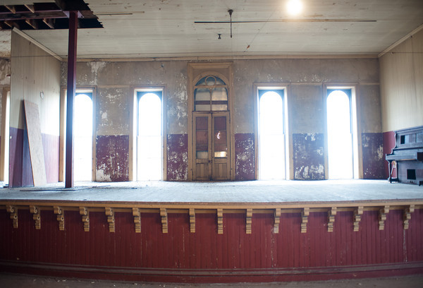 140325 Opera JOED VIERA/STAFF PHOTOGRAPHER-Medina, NY-The Bent's Opera House stage before restorations begin Mar.28, 2014.