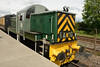 24 May 2014 :: Class 14 (Teddy Bear) No D9516 hauling a train on the demonstration line at the Didcot Railway Centre