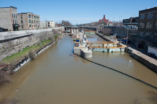 140424 Enterprise VIERA/STAFF PHOTOGRAPHER-Lockport, NY-Water fills the canal on April 24, 2014.