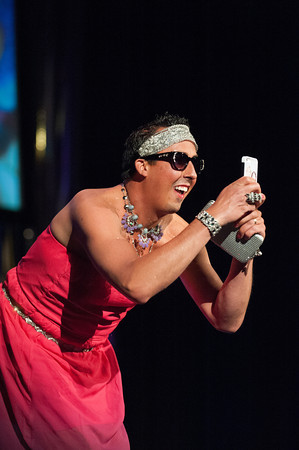 140510 Peaches JOED VIERA/STAFF PHOTOGRAPHER-Lockport, NY- Sparkle aka Tj Gray takes a selfie onstage during the Peaches & Creme Fashion show at the Palace Theater. May 10, 2014