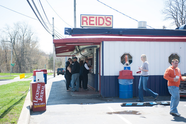 140501 3A JOED VIERA/STAFF PHOTOGRAPHER-Lockport, NY- Customers pick up lunch at Reids. April 30, 2014