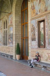 Lois in Santa Chiara Cloister