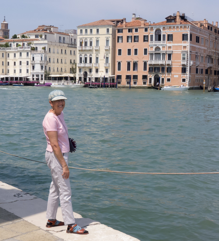 Lois on Fondamenta Dogana alla Salute on the bank of the Grand Canal