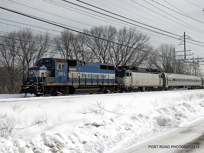 20140219-disabled-amtrak-train-milford-and-passengers-crammed-on-platform-post-road-photos-david-purcell-credit-007