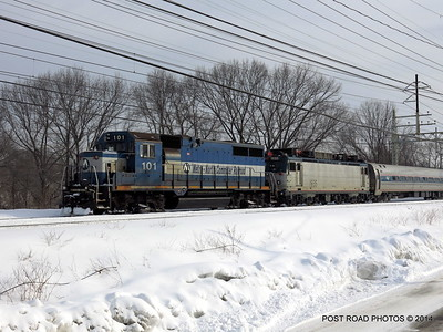 20140219-disabled-amtrak-train-milford-and-passengers-crammed-on-platform-post-road-photos-david-purcell-credit-005