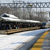 20140219-disabled-amtrak-train-milford-and-passengers-crammed-on-platform-post-road-photos-david-purcell-credit-014