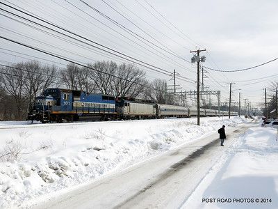 20140219-disabled-amtrak-train-milford-and-passengers-crammed-on-platform-post-road-photos-david-purcell-credit-009
