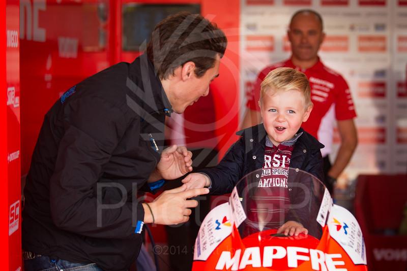 2014-MotoGP-18-Valencia-Friday-1439