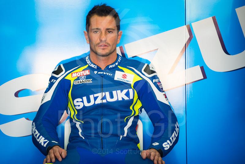2014-MotoGP-18-Valencia-Friday-1389
