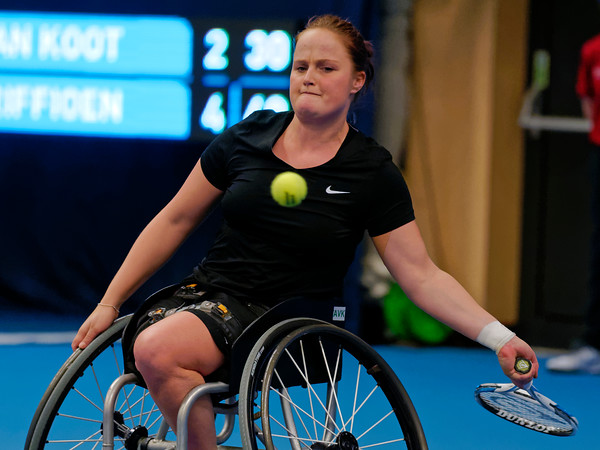 01.08 Aniek van Koot - finals - NEC wheelchair tennis masters 2014-01.08