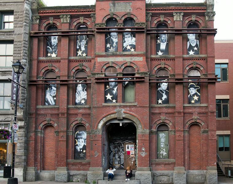 Defunct facade