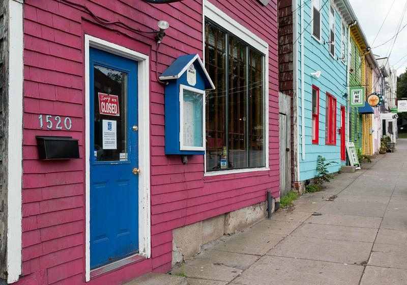 Queen St., colorful facades