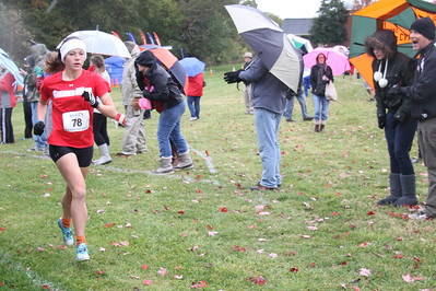 Sydney Davis runs in the Big South Cross Country Championship