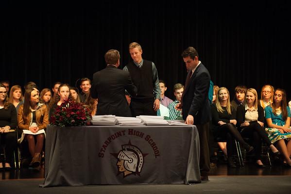 JOED VIERA/STAFF PHOTOGRAPHER-Pendleton, NY-Students receive awards at Starpoint High School. Tuesday, November, 25 2014.