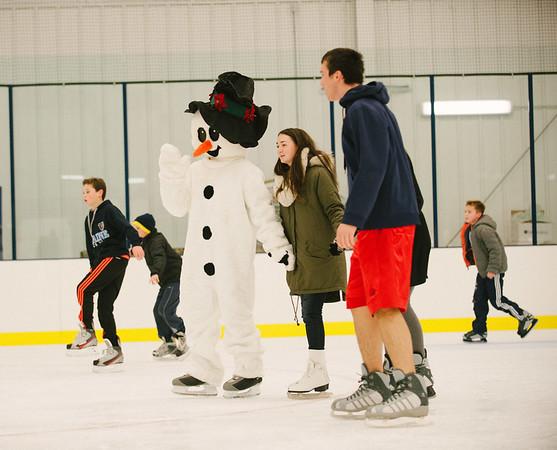 JOED VIERA/STAFF PHOTOGRAPHER-Lockport, NY-Frosty the snowman skates at Cornerstone Arena. Saturday, November, 29, 2014.g