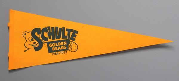 MET1111814 bear banner