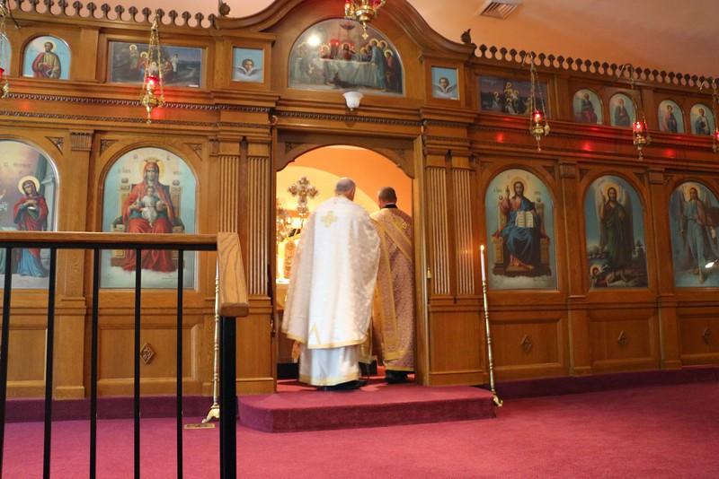 Ordination Fr. Honeycutt (18).jpg